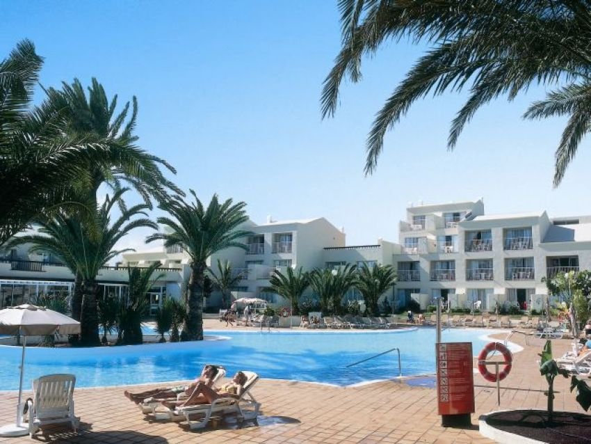 Mijn reisbureau clubhotel riu pliva village for Riu oliva beach village
